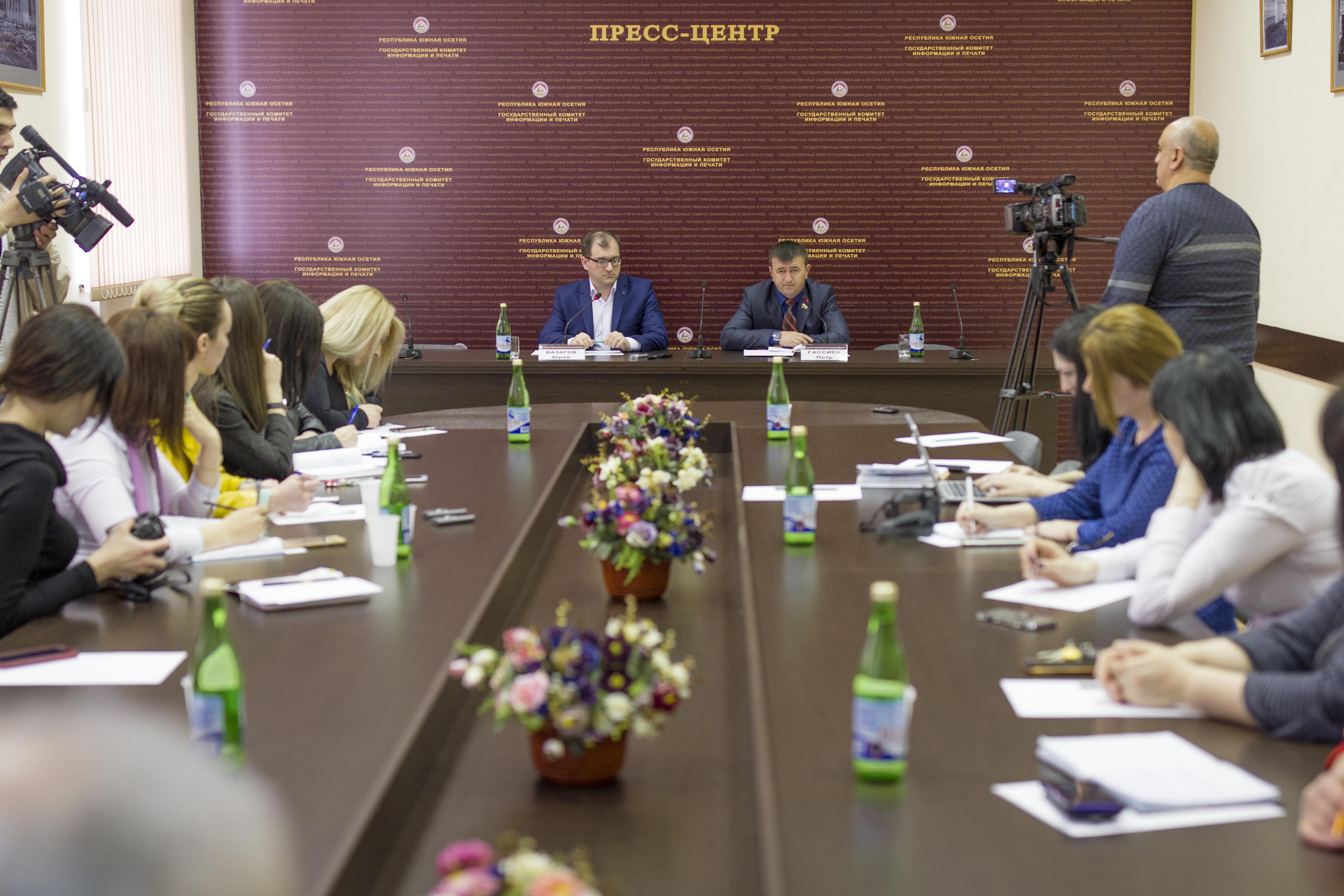Пресс-конференция Петра Гассиева