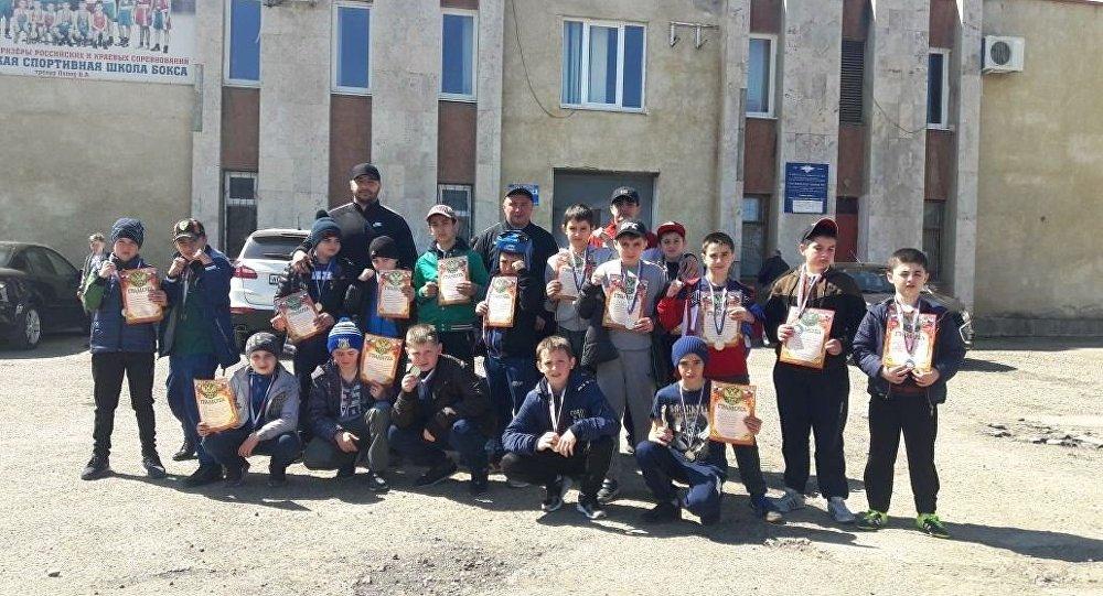 Воспитанники детско-юношеской школы бокса Южной Осетии
