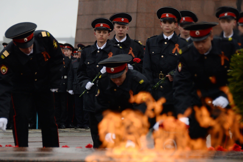 Полтысячи волонтеров помогут впроведении Парада Победы вТомске