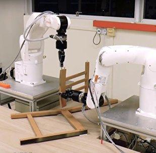 Ученые научили роботов собирать стул из Ikea