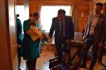 Президент Южной Осетии подарил инвалидные коляски больным ДЦП