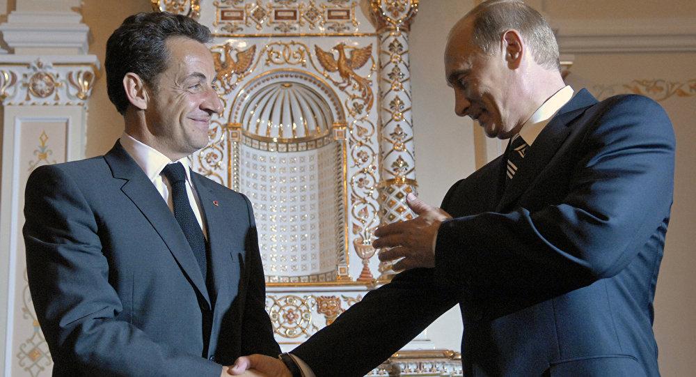 Президенты Франции Николя Саркози и России Владимир Путин