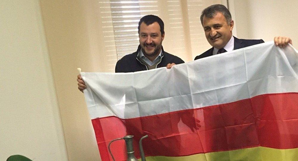 Встреча спикера парламента РЮО Анатолий Бибилова с лидером партии Лига Севера Маттео Сальвини