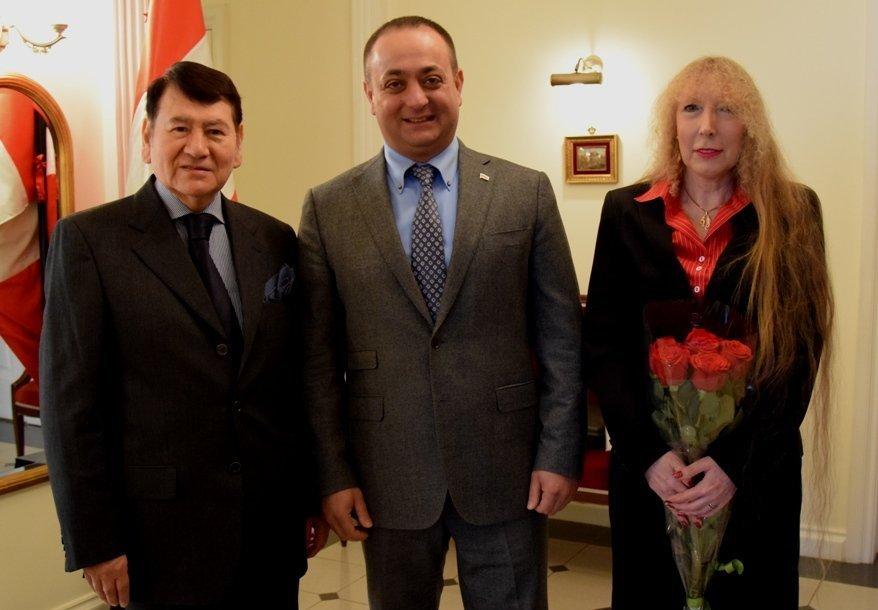 Знаур Гассиев с  Умберто Умересом Альваресом в Резиденции Посла Республики Перу в Москве