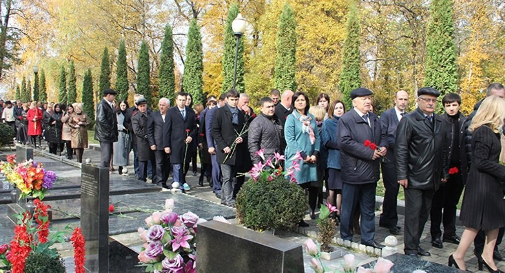 Навладикавказской «Аллее Славы» задержали нетрезвого вандала