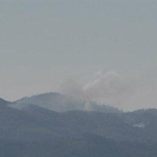Кадры с места падения разбившегося в Сирии бомбардировщика Су-24